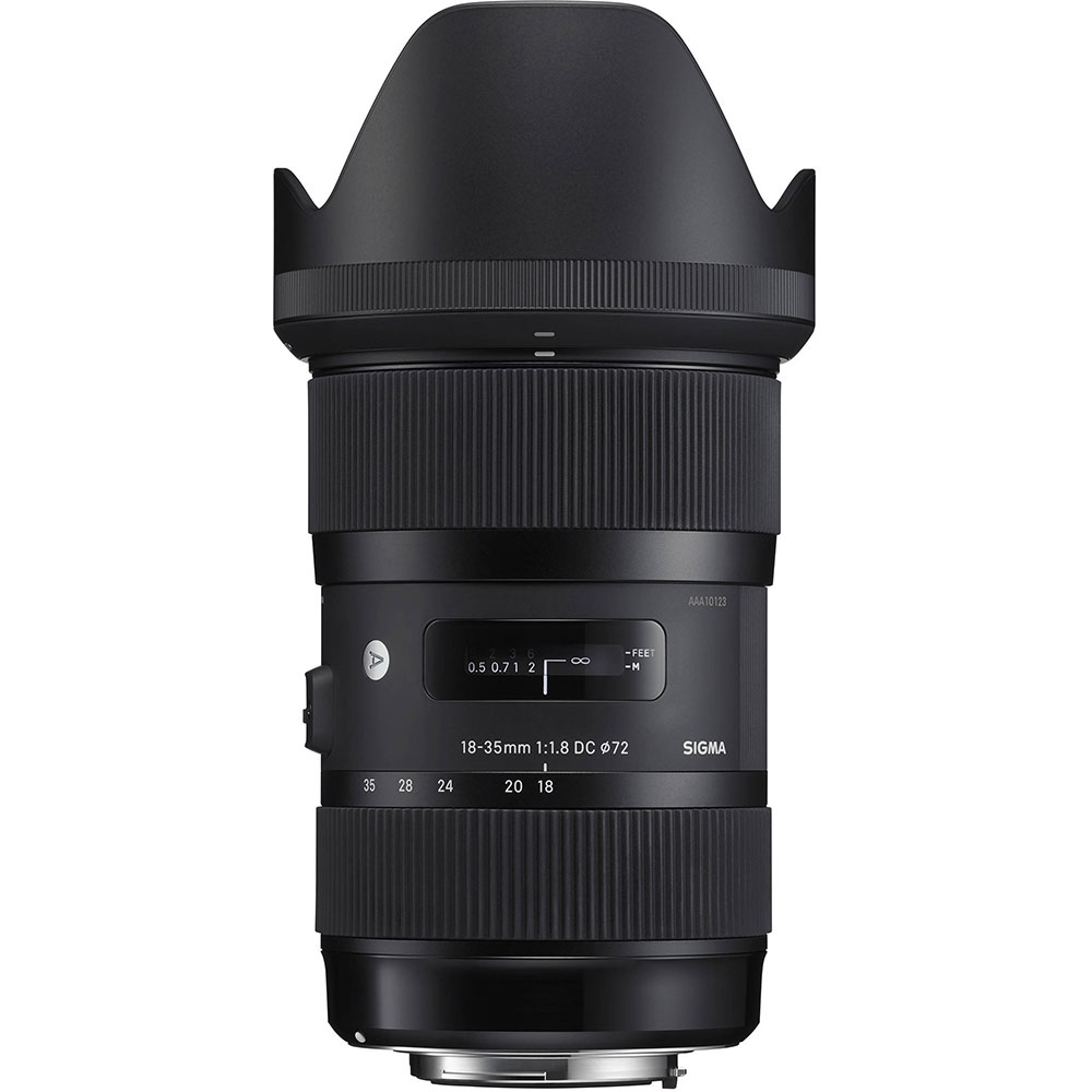 Sigma 18-35mm f/1.8 ART lens