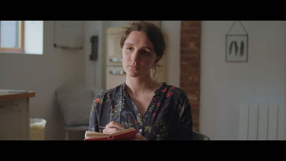Exposes short film 2.39:1 aspect ratio