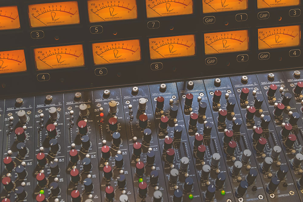 Vintage mixing console - vlog background music